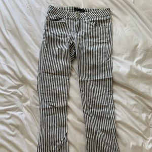 Striped summer jeans!